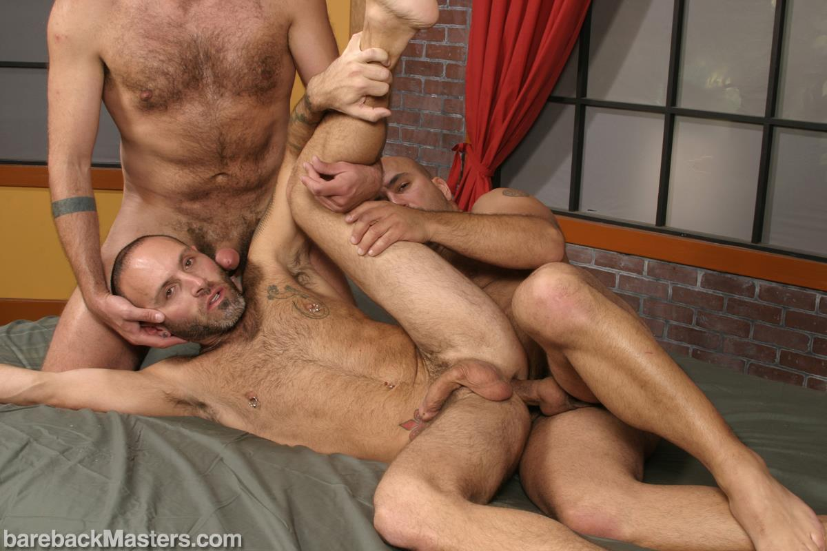Bareback-Masters-Bud-Allen-and-Sky-Fairmount-and-Patrick-Ives-Hairy-Bears-Bareback-Sex-Amateur-Gay-Porn-12 Craigslist Hookup Leads To A Bareback Threeway With 3 Bears